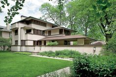 Why Frank Lloyd Wright Homes (Sometimes) Sell for Less Than You'd Expect