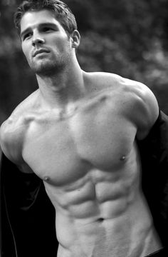 Shirtless Jeff Tomsik and his sexy, lickable abs.