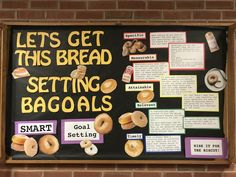 Goal Setting- setting baGOALS Let's get this bread bulletin board College Bulletin Boards, Bulletin Board Design, Interactive Bulletin Boards, Halloween Bulletin Boards, Resident Assistant Programs, Ra Themes, Ra Bulletins, Ra Boards, Goal Board