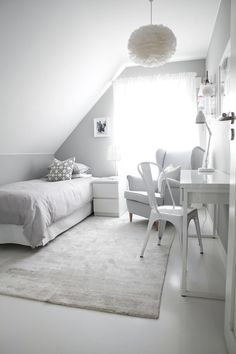 Would be a perfect tiny bedroom or guest room in the Attic of a tiny house Dorm Room Decor Ideas Attic Bedroom Guest house Perfect room Tiny Ikea Bedroom, Room Decor Bedroom, Dorm Room, Attic Bedroom Designs, Guest Room Decor, Dream Rooms, My New Room, Room Inspiration, Tiny House