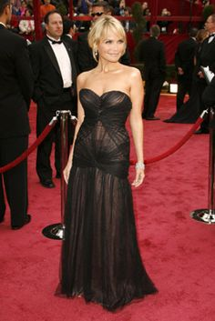 Kristin Chenoweth. 4ft 11in.