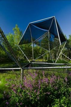 playscapes: Dymaxion Sleeps, or a Natural Playground on two levels Outdoor Play Spaces, Kids Outdoor Play, Outdoor Games, Outdoor Gear, Landscape Elements, Landscape Architecture, Playground Design, Playground Ideas, Pocket Park