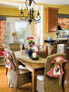 Pair up French country style with garden-fresh goods for a kitchen full of spring decorating charm. Read more: http://www.countrysampler.com/decorating/crafts/french-dressing?source=Pinterest