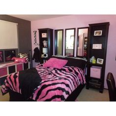From Little Girl to Tween ❤ liked on Polyvore featuring house, rooms, backgrounds, bedroom and pictures