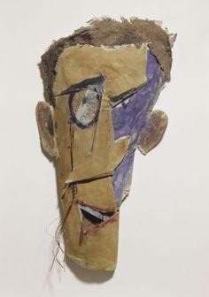 Retrato de Tristan Tzara, por Marcel Janco. Mezcla de cartón, papel y objetos reciclados. 55 x 25 x 7 cm. Paris, Centre Pompidou - Musée National d'art Moderne - Centre de création industrielle.
