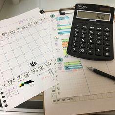 2018年もよろしくお願いいたします(`・ω・´) 、 今年も#家計簿 しっかりつけて んでもって、貯金もして行こう(*・ω・)ノ 今までちゃんと貯金してなかったけど ちゃんとする( ´,_ゝ`)笑 、 新年早々に家計簿つけるためにお仲間が。笑 スタンプかわいい(*0ω0从*)来月のフォーマット考えよー( ´_>` )ハッハッハッ 、 、 #家計簿仲間募集中 #づんの家計簿 #家計簿初心者