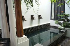 Idea for inner garden COLD pool. Small Backyard Design, Small Backyard Landscaping, Backyard Ideas, The Siam Hotel, Piscina Interior, Small Pools, Dream Bathrooms, Cool Pools, Pool Houses