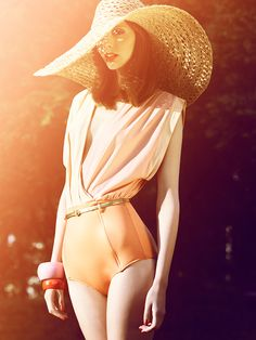 #fashion #style #photography #summer  Summer style in large floppy straw hat, perfect for sunny days