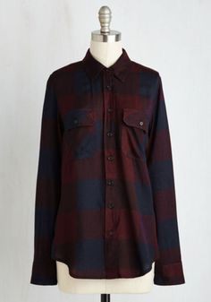 Menswear Inspired Mid-length Long Sleeve Fall My Lovin' Top in Navy and Burgundy