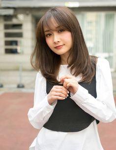 大人可愛いレイヤー(HR-485)   ヘアカタログ・髪型・ヘアスタイル AFLOAT(アフロート)表参道・銀座・名古屋の美容室・美容院 Girl Hairstyles, Asian Hairstyles, Beautiful Asian Women, Asian Woman, Asian Beauty, Bangs, Hair Cuts, Long Hair Styles, Face