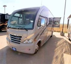 """2016 New Thor Motor Coach AXIS 25.3 Class A in Arizona AZ.Recreational Vehicle, rv, 2016 THOR MOTOR COACH AXIS25.3, 12V Attic Fan in Bedroom, 12V Attic Fan in Living Area, 15.0 BTU A/C, 2nd Auxiliary Battery, 32"""" TV in Bedroom, 32in Exterior TV, Interior- Redwood, Sydney Maple Cabinetry, Vanilla Ice Exterior,"""