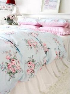 Amazon.com: Shabby and Elegant Blue Rose/pink Gingham 4pc Bedding Set, Queen: Home & Kitchen