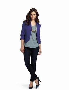 Ways to wear a blazer: short cropped blazer + graphic blouse + skinny jeans, The Limited. Casual-wear.