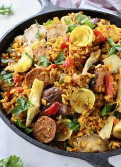 Vegan Paella with Brown Rice, Mushrooms, Roasted Peppers and Artichokes. Vegan Dinner Roll Recipe, Dinner Rolls Recipe, Mushroom Recipes, Veggie Recipes, Healthy Recipes, Healthy Food, Healthy Eating, Paella Recipe, Roasted Peppers