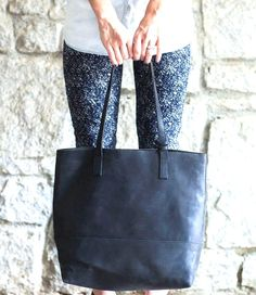 Gifts that give back: handmade leather totes from @livefashionable  - our readers are going nuts for these!