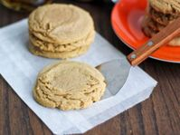Brown Butter Bourbon Spice Cookies | Dixie Crystals® Recipe