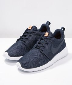 Nike Sportswear ROSHE ONE MOIRE Baskets basses obsidian/white/bright mango