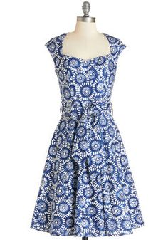 High Noon Harvest Dress in Blue Floral. You and your pals are lunching at a local farmhouse-turned-eatery today - and as much as youre excited for fantastic fare, youre even more thrilled to debut this pleated floral dress!  #modcloth