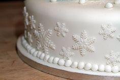Fruit Chrismas Cake with handmade fondant snowmen