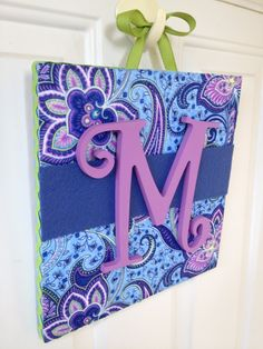 Super cute (and quick!) way to make a Monogram Plaque  with @SmoothfoamCraft
