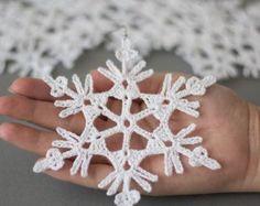Häkeln Sie Christbaumschmuck, Weihnachtsdekoration Schneeflocken handgefertigt, Satz von 6 Ornamente, Häkeln Sie Weihnachten Schneeflocke, Baumschmuck