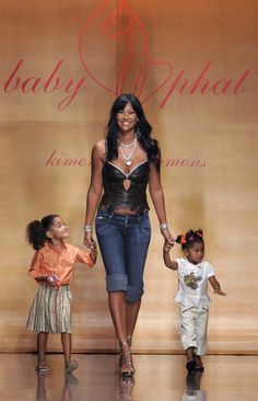 Kimora Lee Simmons Turned Her Culture Into A Billion-Dollar Fashion Brand. Now She Says A Little Credit Is Due. Kimora Lee Simmons Kids, Gucci Outfits, Fashion Outfits, Early 2000s Fashion, 2010s Fashion, Runway Fashion, Fall Fashion, Native American Girls, Baby Phat