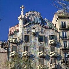Casa Batillo, Barcelona   Too many Casas to count!  Gotta go to Barcelona.
