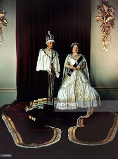 King George VI and Queen Elizabeth in ceremonial robes Get premium, high resolution news photos at Getty Images King George, Royal King, Royal Queen, Lyon, Queen Elizabeth Rose, British Monarchy History, British History, Princess Margaret, Princess Diana
