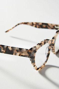 Stylish Reading Glasses, Eyewear Trends, Fashion Eye Glasses, Womens Glasses, Glasses Frames, Polymer Clay Earrings, Cute Jewelry, Eyeglasses, Vision Glasses