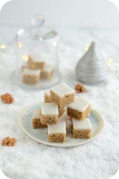 SABLES AUX RAISINS SECS ET AU RHUM – Paprikas Walnut Cake, Food Categories, Cake Cookies, Biscotti, Buffet, Sweet Treats, Chocolate, Baking, Sesame