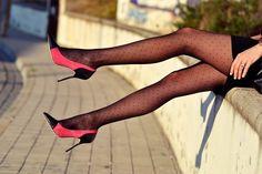 5c56aebad 66 melhores imagens de Fashion Meia-calça
