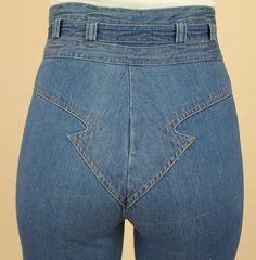 6c154487fe38 RARE Vintage 70 s High Waisted BELL BOTTOM Jeans Nest Ce Pas  Glam Arrow  Disco Denim Wide Leg