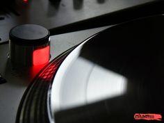 Papéis de Parede Grátis para PC - Gira-discos: http://wallpapic-br.com/musicas/gira-discos/wallpaper-41211