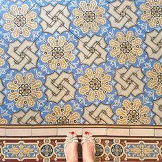 Portugese tegels Cementtegels Portugese cementtegels Oude vloertegels www.floorz.nl www.floorz.be