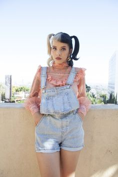 Photo leaked by Melanie Martinez Outfits, Melanie Martinez Style, Crybaby Melanie Martinez, Sending Love And Light, Female Reference, Wallpaper Iphone Cute, I Love Girls, Cry Baby, Billie Eilish