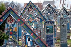 painting/mosaic the merry cemetery in romania is famous for its colourful tombstones with naïve paintings describing, in an original and poetic manner, the persons that are buried there as well as scenes from their lives Cemetery Statues, Cemetery Headstones, Old Cemeteries, Cemetery Art, Graveyards, Europe Centrale, The Great Mouse Detective, After Life, Artwork