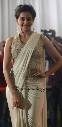 Top Indian fashion and lifestyle blog: Rakul Preet Singh in Shantanu & Nikhil