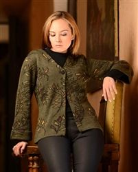 Fern Ladies Cardigan - gorgeous details on this alpaca sweater! #alpaca #sweater #womens #fashion