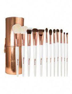 Essential Makeup Brushes Elizabeth Arden Makeup Artistry