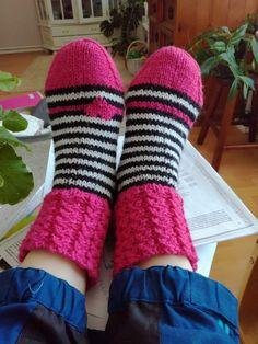 Knitting Socks, Leg Warmers, Knits, Gloves, Inspiration, Fashion, Tejidos, Breien, Knit Socks