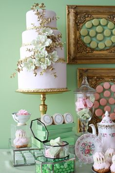 Laduree inspired sweet table...wow photos: Monique Simone Photography