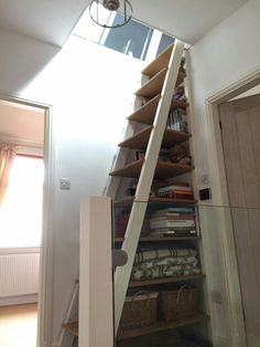 Staircase Bookshelf, Space Saving Staircase, Small Staircase, Stair Ladder, Tiny House Stairs, Attic Staircase, Tiny House Plans, Attic Loft, Loft Room
