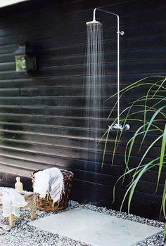 Gorgeous outdoor shower Duchas al aire libre 7 … Outdoor Bathrooms, Outdoor Rooms, Outdoor Gardens, Outdoor Living, Outdoor Showers, Outside Showers, Outdoor Baths, Outdoor Shower Fixtures, Luxury Bathrooms