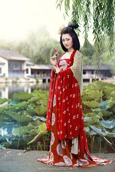 Tang dynasty hanfu.