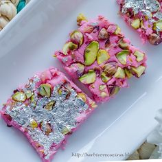 Kalakand, a famous Indian sweet that has milk as its main ingredient is made in Indian subcontinent during different festivals and celebra. Recipes Using Ricotta Cheese, Recipe Using Ricotta, Indian Dessert Recipes, Indian Sweets, Burfi Recipe, Fresh Rose Petals, Pink Food Coloring, Pink Foods, Cute Desserts