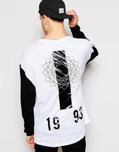 Jack+&+Jones+Drop+Shoulder+Long+Sleeve+Top+with+Back+Print