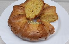 PRAJITURA CU IAURT SI MORCOVI Baked Potato, Potatoes, Baking, Ethnic Recipes, Food, Potato, Bakken, Meals, Backen