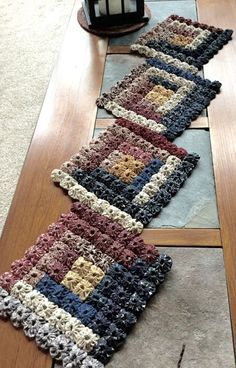 Finished Patriotic Yo-yo Table Runner by PinesAndNeedlework on Etsy
