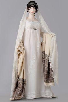 Abito francese da sposa in stile impero - periodo napoleonico