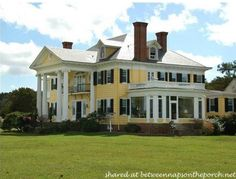 Between Naps on the Porch | Tour Oak Hall, Waterfront Country Estate and Greek Revival Manor Home | http://betweennapsontheporch.net